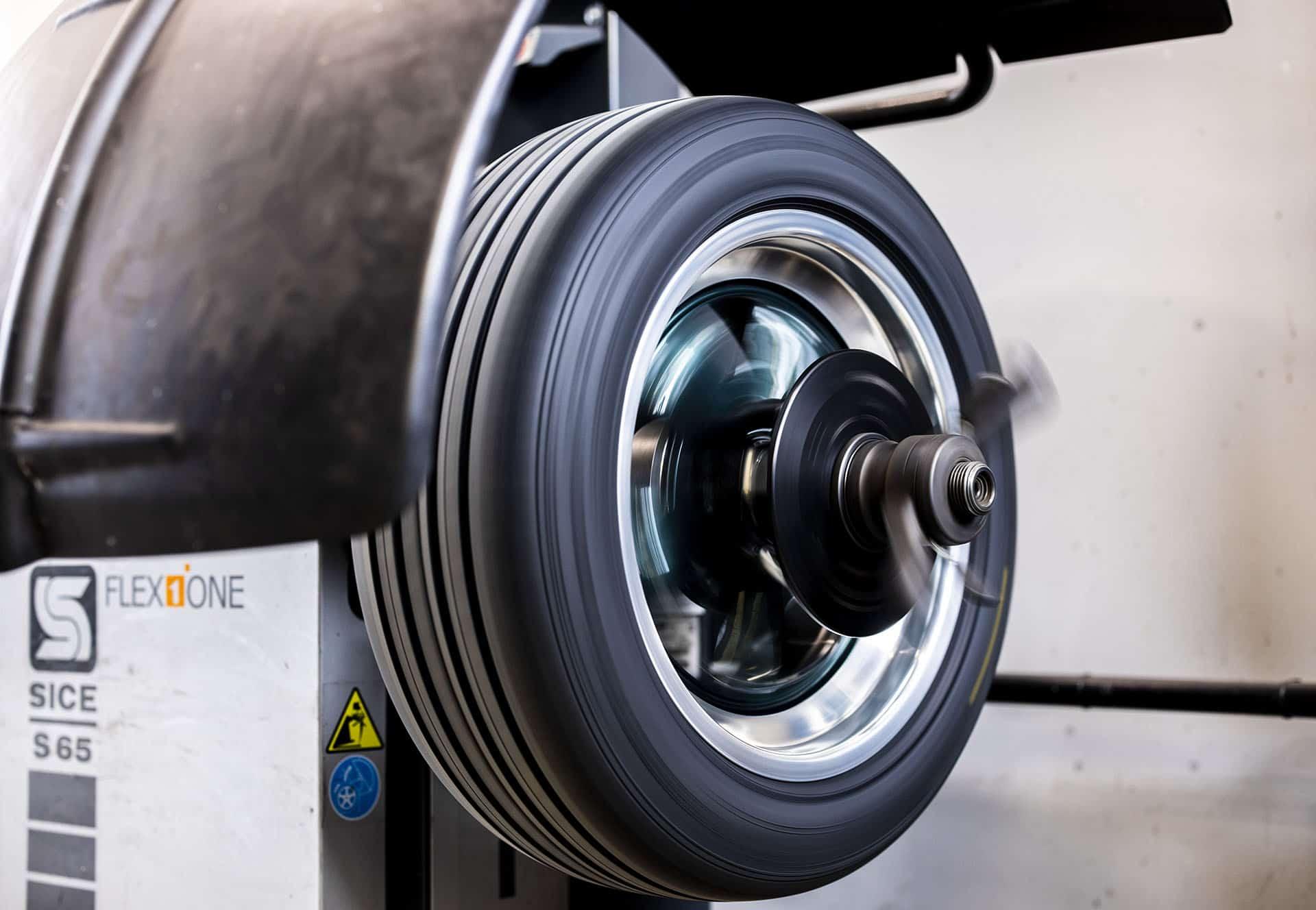 Test af hjul på dækcenter